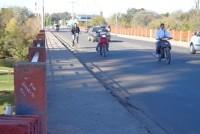 Murió joven al caer de su moto en un puente de Villa María