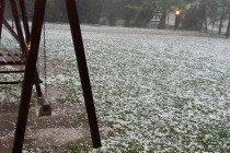 Intensa tormenta con piedra en Bell Ville, Leones y San Marcos