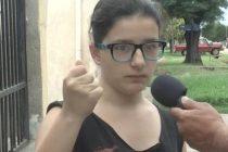 Arrebato de un celular a una chica que caminaba en la Plaza Perón
