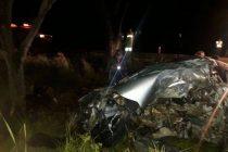 Maggiolo: Falleció una mujer de Arias al chocar con su auto contra un árbol