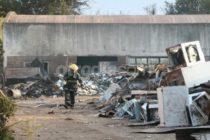 Incendio de depósito de chatarras ubicado en ruta 9 en Cañada de Gómez