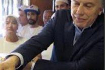 El presidente Mauricio Macri visitó Villa Eloisa