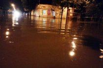 Inundaciones en Armstromng, con un registro de  lluvia de 180 milímetros en tres horas