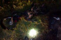 Choque entre moto y camión en ruta 9 en General Roca con el incendio de la motocicleta