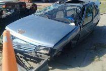 Tortugas: Despiste y vuelco en solitario de un automóvil en autopista con una persona fallecida