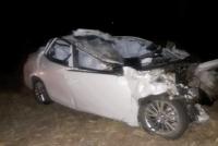 General  Ordoñez: Un automóvil quedo incrustado en la parte trasera de un camión, y su conductor falleció