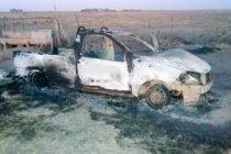 Se incendió su camioneta y el propietario murió de un paro cardiaco