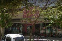Cañada de Gómez: Un joven salió de tienda Los Amigos vistiendo una campera robada