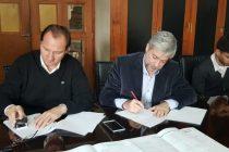 Firma de convenio entre Nación- Municipio para la ejecución de 20 cuadras de pavimento en el barrio sur