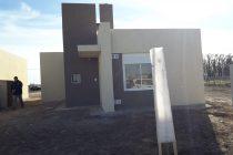 PROMUVI: Llegaron 14 millones de pesos para el Municipio y hoy se entregan cinco viviendas