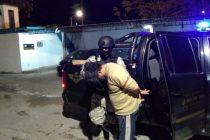 Cuatro allanamientos de FPA en la Ciudad con una pareja detenida