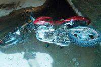 Murió un joven motociclista en Morrison.-