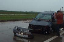 Despiste de un automóvil en General Roca por autopista